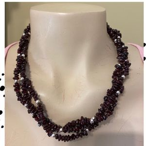 """🎈PURPLE BEADED NECKLACE 7."""" DROP🎈Worn Once🎈"""